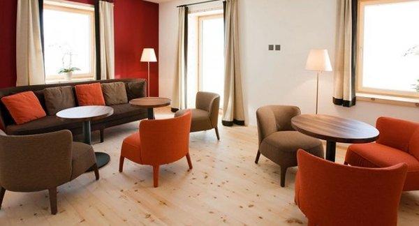 Sofa giá rẻ cho phòng khách giá dưới 2 triệu VND