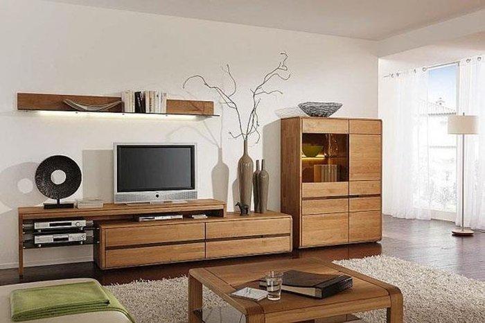 Kệ tivi chất liệu gỗ tự nhiên