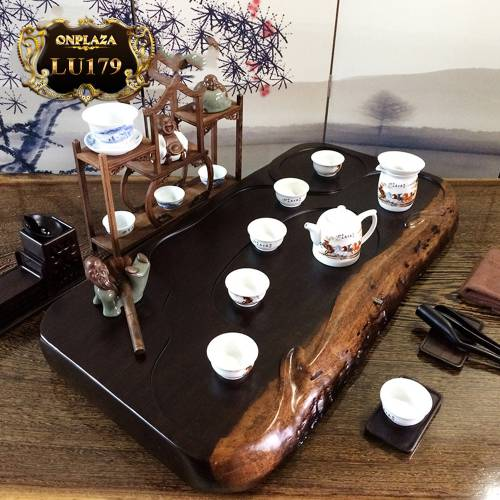 Mặt bàn trà gỗ sao đen Khánh Hòa  nguyên tấm  LU179