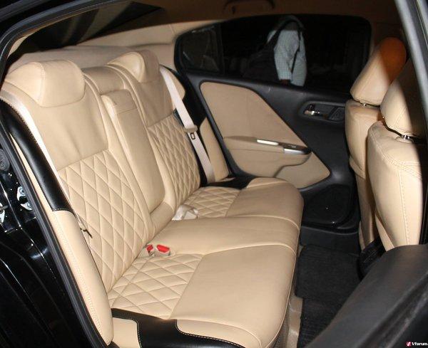 Bọc nệm ghế da thật cho ô tô