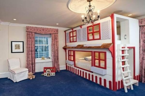 Mẫu thiết kế phòng ngủ bé gái tòa lâu đài