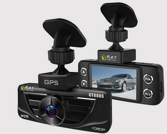 Vì sao tài xế nên lắp đặt camera hành trình trên ôtô