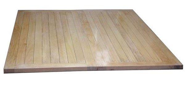 Dát phản gỗ được dùng làm giường ngủ có giá 1,6 triệu đồng
