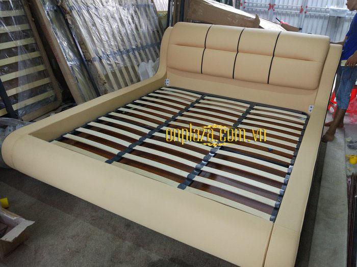 Giường ngủ hiện đại bọc da sang trọng G79