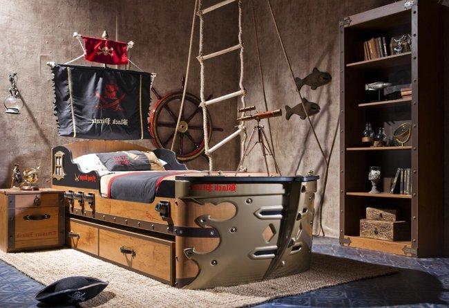 Thiết kế giường ngủ cho bé trai có kiểu dáng hình thuyền hải tặc