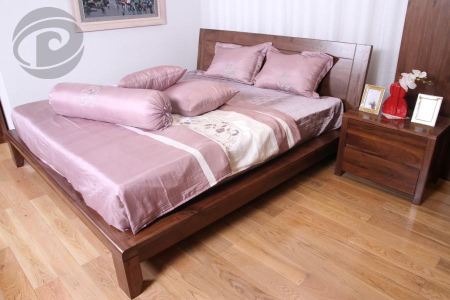 Giường gỗ óc chó đẹp tinh tế