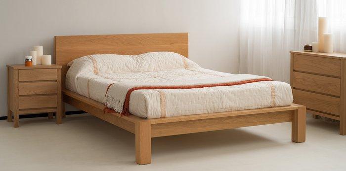 Giường ngủ gỗ sồi đơn giản, không họa tiết cho thiết kế phòng ngủ hiện đại