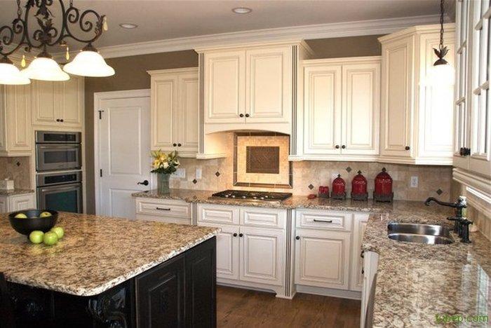 Tủ bếp gỗ kết hợp mặt đá Granit