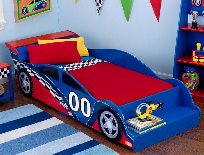 Mẫu giường cho trẻ hình xe đua thể thao