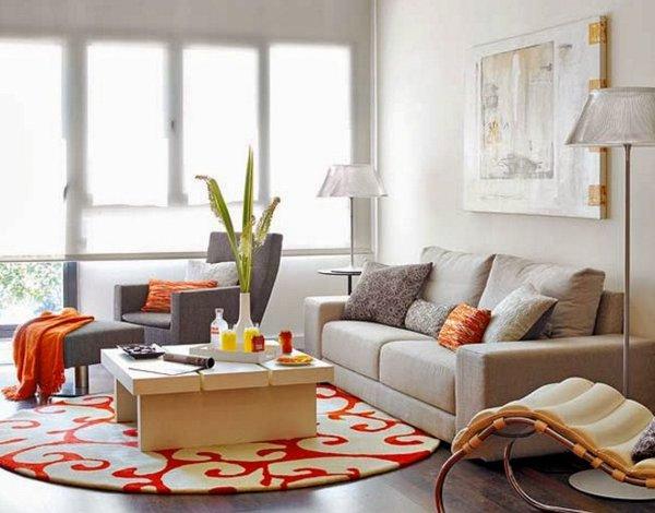Gam màu trung tính mang đến sự tươi mới và thoải mái cho căn phòng khách nhỏ