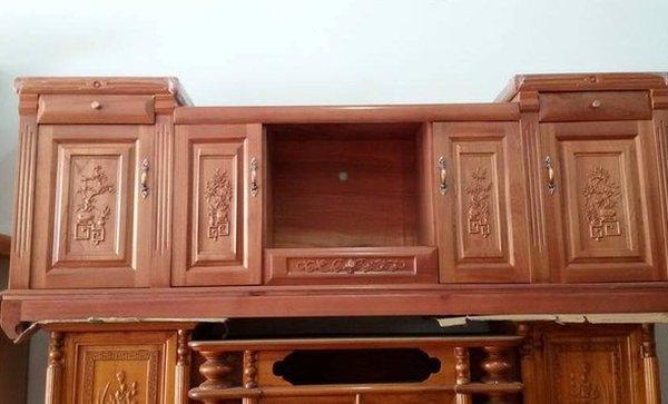 Tủ gỗ xoan đào dành cho phòng khách
